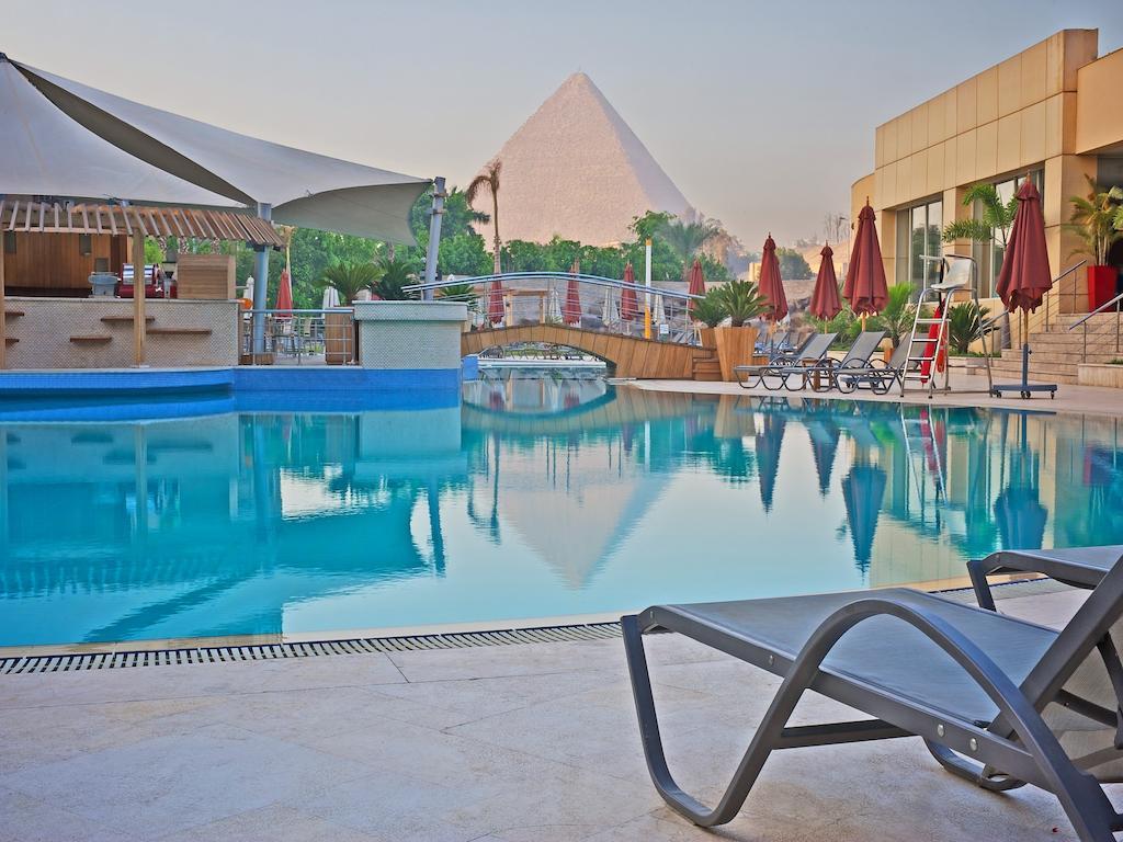 Newiber Le Meridien Pyramids Hotel Spa Newiber